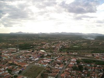 Imagem do Bairro Alto da Queiroz e 2010.