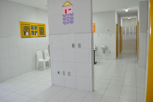Imagem interna da unidade da saúde, em 2015.