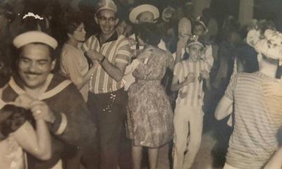 Imagem do Sr. Cordeiro no baile de carnaval promovido na Associação Atlética Boa-viagense.
