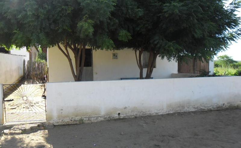 Imagem da casa pastoral da Igreja Evangélica Congregacional de Várzea da Tapera, em 2013.