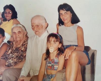 Imagem de sua família.