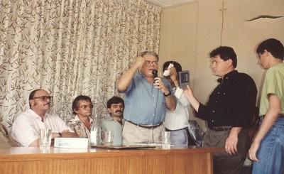Imagem do Dr. Sérgio em uma visita à Câmara Municipal de Vereadores.
