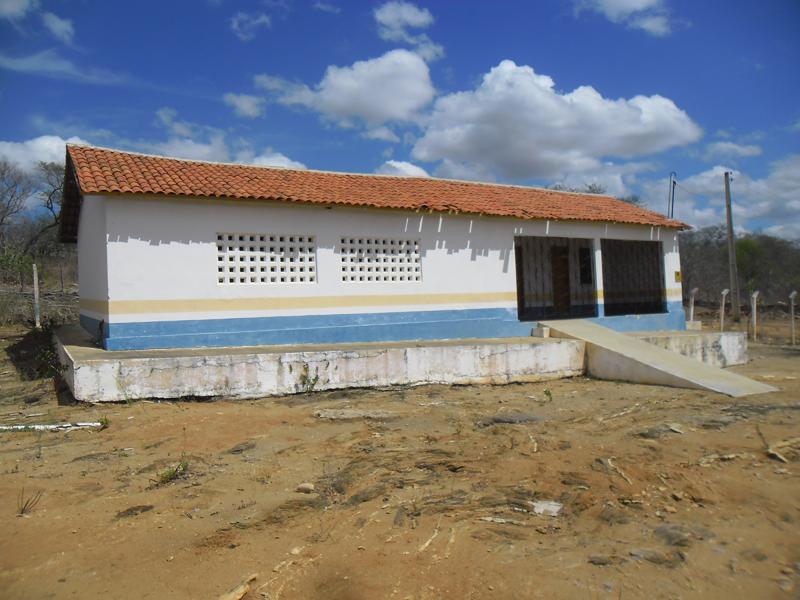 Imagem da Escola Ernesto Pereira de Sousa, em 2013.