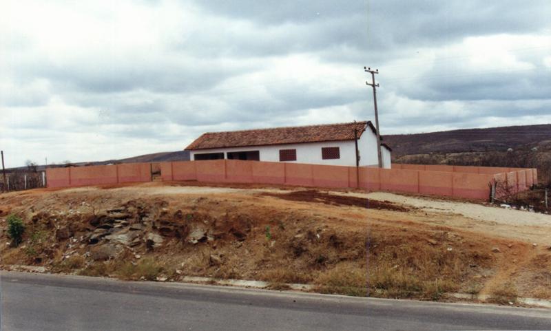 Escola de Ensino Fundamental Francisco Lourenço em 2000.