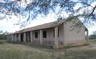 Escola de Ensino Fundamental Neuza Guedes Campos em 2008.