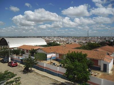 Imagem da Escola de Ensino Fundamental Pe. Paulo de Almeida Medeiros, em 2015.