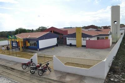 Imagem da Escola de Ensino Infantil Edson Tadeu de Queiroz Teodoro Albuquerque, em 2014.
