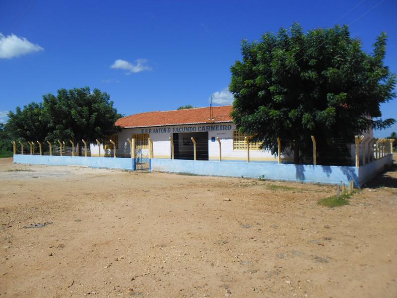 Escola de Ensino Fundamental Antônio Facundo Carneiro em 2013.