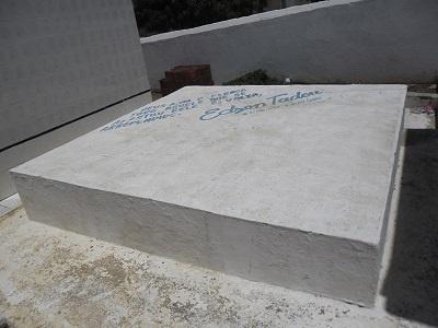 Imagem do túmulo da Família Queiroz Teodoro Albuquerque.