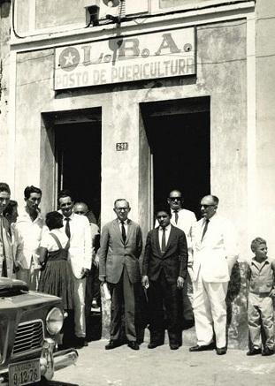 Imagem da inauguração de um posto de saúde, em 1964.