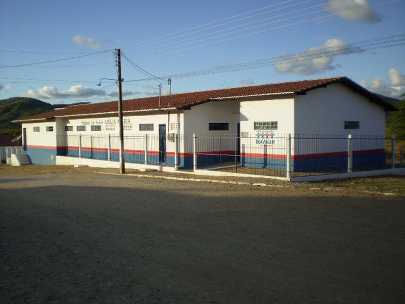 Imagem da Unidade Básica da Saúde Adília Maria de Lima, na vila de Ibuaçu, em 2014.