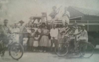 Imagem da Família Oliveira Mota em uma de suas viagens.