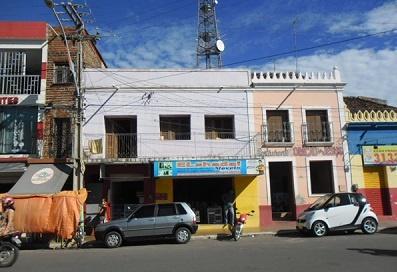 Imagem da residência de Salviano de Sousa Leitão, em 2011.