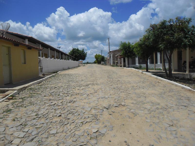 Rua Belarmino Matias Carneiro.