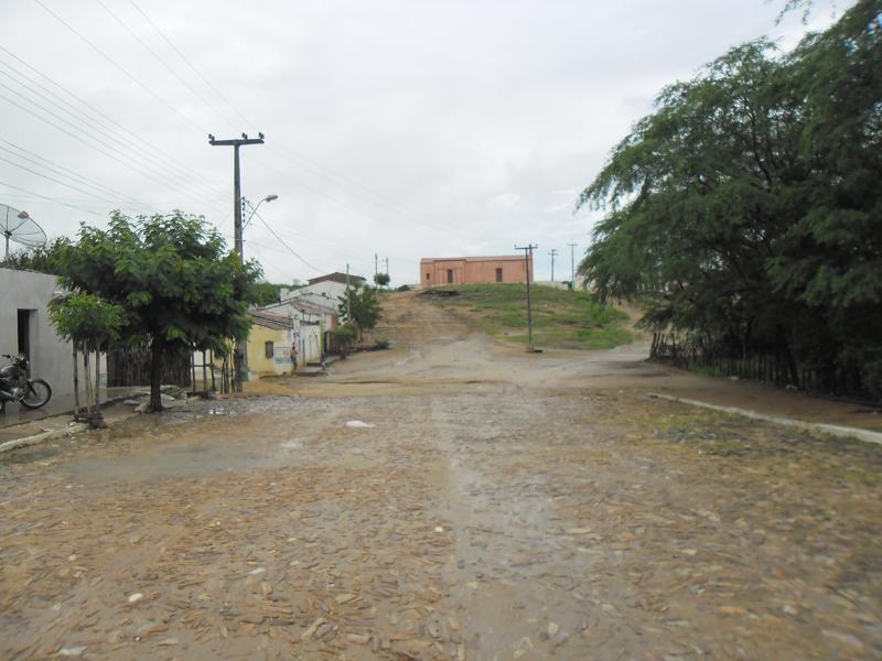 Cruzamento com a Rua 4.
