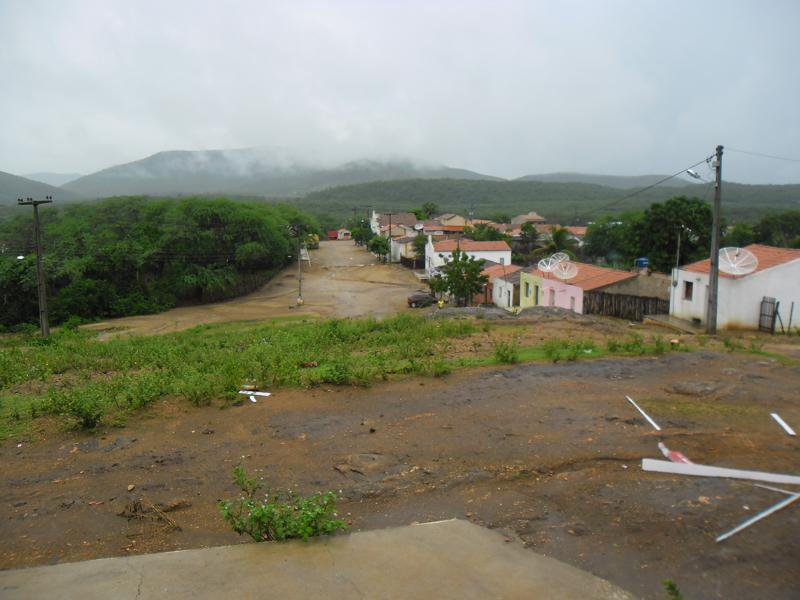 Rua João Raimundo do Nascimento.