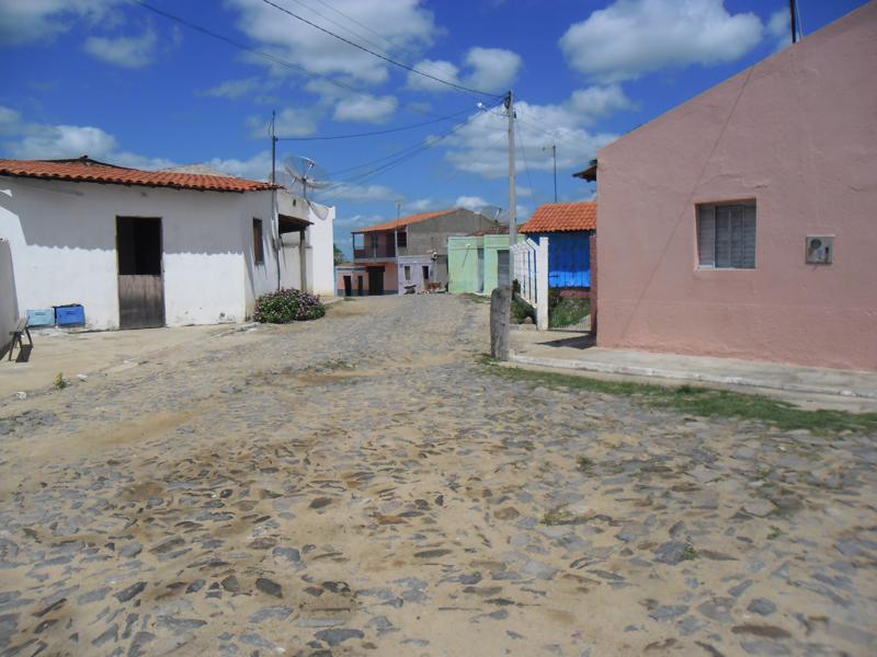 Rua Maria Célia Macêdo de Araújo, em 2015.