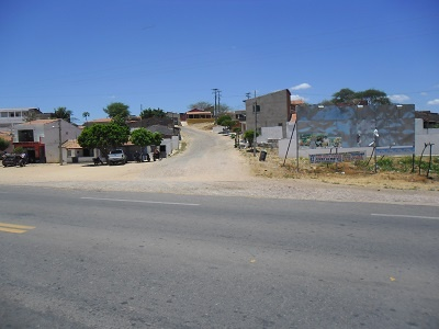 Cruzamento com a Rua Raimundo Ribeiro da Silva.