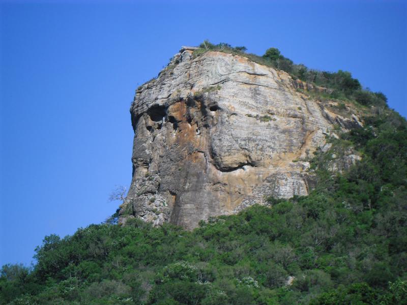 Imagem do Serrote da Cabeça de Pedra, em 2013.