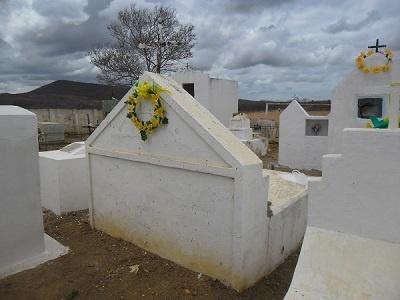 Imagem do túmulo da Família Facundo, em 2014.