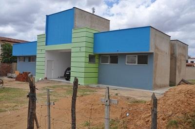Imagem da UBS do Bairro Centro na época de sua construção, em 2015.