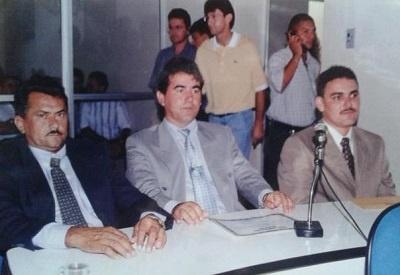 Imagem dos vereadores Walkmar Lobo, Jessé Filho e Branco.