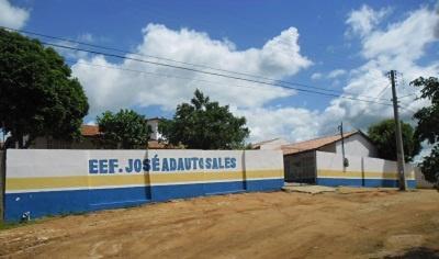 Imagem da Escola de Ensino Fundamental José Adauto Sales, em 2015.